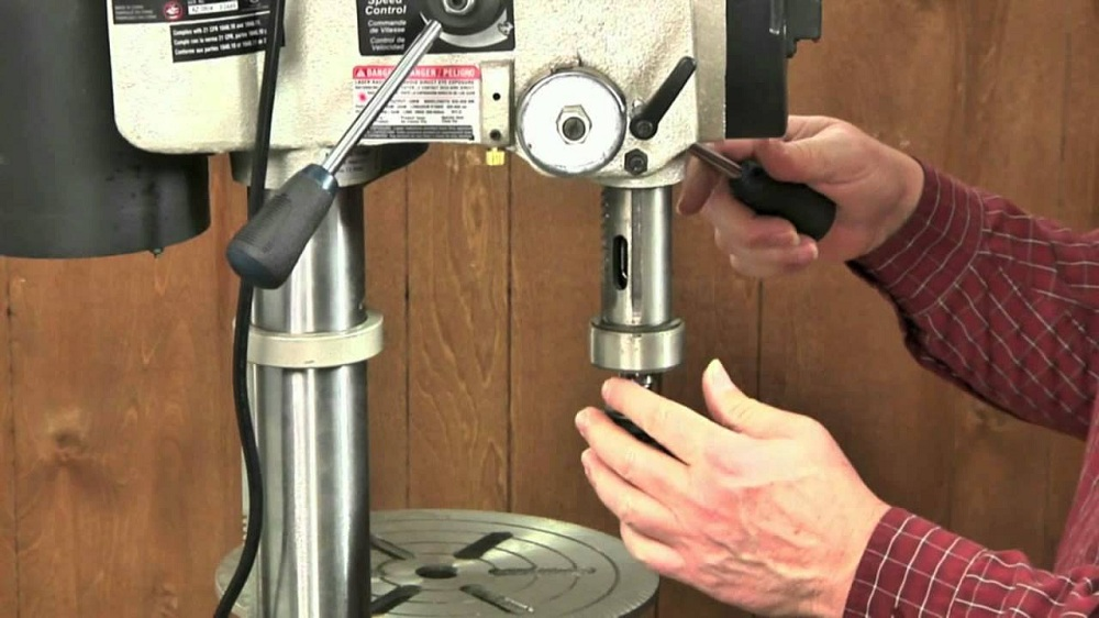 How To Change The Chuck On Your Drill Press