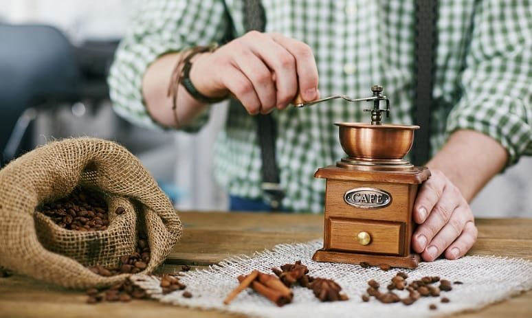 hand coffee grinder reviews